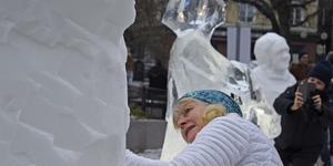 På vinterfesten den 14 februari kan du bland annat prova på att skulptera i is. Festen håller på mellan 15.00 och 20.00.