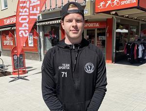 Jonas Larsson är tillbaka i Bollnäs för en ny kick i karriären. Förra säsongen var han ledande poängspelare i IBF Falun U.