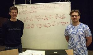 Martin Jansson och Rasmus Osterman har skapat ett eget system för att ranka lag i svenska hockeyligan.