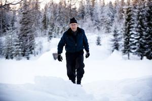 Sedan slutet av 60-talet har Ove Jonsson hållit koll på nederbörd och temperatur i Finnmarken.