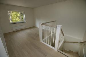 På andra våningen kunde man välja att ha en vägg eller en öppen planlösning.