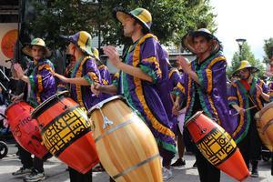 Uruguayanska rytmer fyllde centrumtorget under förmiddagen.