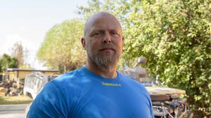Crister Lindh är en av många frivilliga som varit ute och hjälpt till med brandbekämpningen.