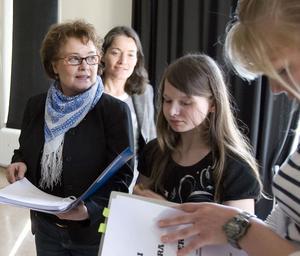 Tre stycken Sjödin. Agneta Sjödin tillsammans med mamma Barbro och dottern Maja.