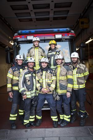 Hela gänget! Bakre raden från vänster:  Emil Blixt och Sylvia Fridén. Främre raden från vänster: Niklas Månsson, Roger Lindgren, Johan Dyrenius, Fredrik Björkén och David Hägerbäck.