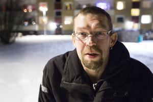 """Jan Holmgren som bor i Strömsund säger att han blivit mer medveten om terrorism under de senaste åren:  """"När det hände på Drottninggatan i Stockholm så tänkte man att det kan hända något varsomhelst närsomhelst""""."""