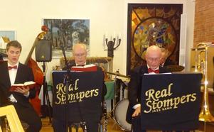 Att delta i psalmsången var inga problem för Real Stompers. Bild: Kjell Larsson