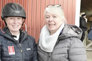 Här är Annelie Lennartsson med domaren Åsa Abrahamsson.