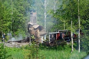 Den här stugan i Björke eldade 21-åringen upp den 7 juni. I samma veva bröt han sig in i andra stugor i området.