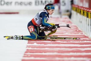 Elisabeth Högberg träffade alla tio skott i sprinten. Det blev dock ingen topp 20 placering.