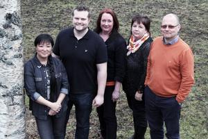 Yoomi Renström, Einar Wängmark, Ylva Ivarsson, Carina Nordqvist och Håkan Englund toppar Socialdemokraternas valsedel till kommunvalet i Ovanåkers kommun.