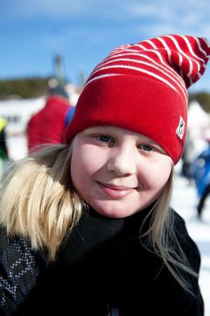 Rebecca Bergquist, 9 år, från Falun var en av alla dem som åkte skidor under Barnens skidspel på Lugnet.