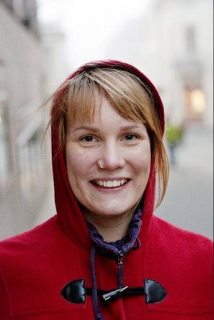 Nina Lindström, 22 år, Revelstoke (Kanada)Ska jag ha Alvedon så visst köper jag det på livsmedelsbutiken. Det är bra att det är lättillgängligt.