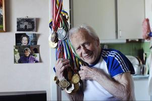 Herbert Liedtke tävlar i klassen 90+ och slutade tvåa i 100 metersfinalen på veteran-VM. Foto: Pressbild