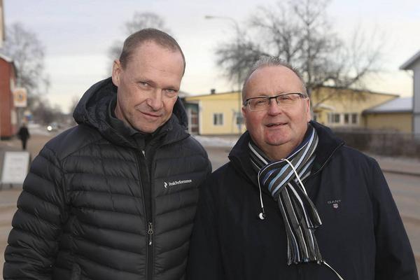 Leif Lindström och Per Roslund i projektgruppen som tagit fram ansökan om ett destinationsbolag i Sveg med omnejd. Saknas på bilden gör Hans Svensson.