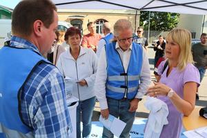 Cecilia Tulik ställer frågor till Thony Lundberg och Mats Gunnarsson.