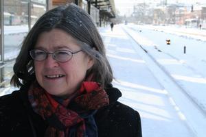 Birgitta Björkebäck hade tänkt åka till Sundsvall på söndagen. Hon är fortfarande kvar i Örebro.