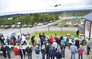 I augusti 2012 samlades omkring hundra personer för att kräva svar från Bergs kommun angående vindkraft i närheten av Gräftåvallen. En helikopter användes för att illustrera var i terrängen vindkraftverken skulle kunna synas om en park blir verklighet. Nu ska kommunen korrigera sin översiktsplan för vindkraft.