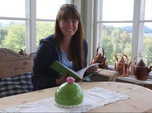 Helena Jönsson är redaktör för böckerna Kackel och Mera Kackel. Hon vill även starta en kvinnligt nätverk i Härjedalen.