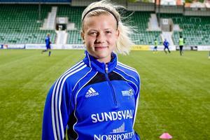 Hanna Glas är äntligen på väg tillbaka och ska nu slå sig in i landslaget - igen. – Den känslan jag fick när jag blev uttagen i lanslagen vill jag uppleva igen, säger den före detta Sundsvallsspelaren.