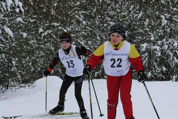 Freja Handler, Svegs IK och Henny Malmgren Larsson, Ytterhogdals IK.