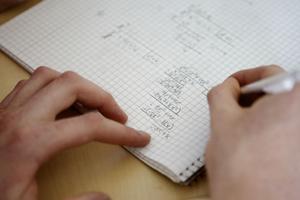 Det går inte alltid att räkna med att matteläxan i Matte 4 ska vara lättgjord.