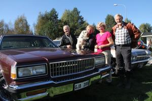 Karl-Oscar Hedman , Sonia Lundberg, Birgitta och Lars Rosén, alla från Rättvik gjorde en gemensam utflykt till veteranmarknaden i Lobonäs på lördagen.