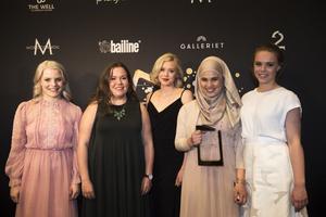 Några av skådespelarna i Skam, prisade på TV-gala i Norge.