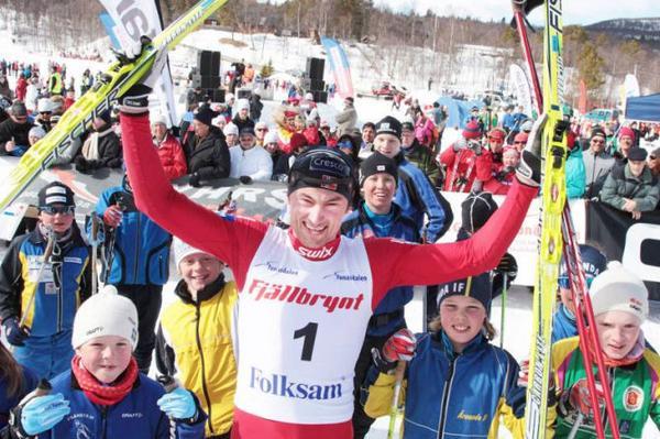Petter Northug drar alltid mycket publik när han ställer upp i Fjälltoppsloppet.