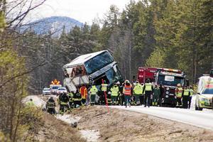 Tre ungdomar dog i olyckan som  inträffade den 2 april i år.