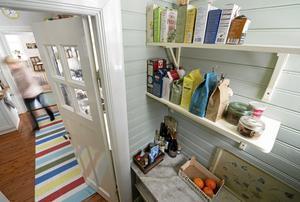 Äldre skafferier är som kökens walk-in-closet. En perfekt kombination av funktion och estetik.