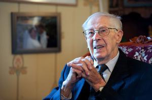 En verklig Brageit. Det kan Ingvar Gladén,  med sina 85 år i IK Brage,  titulera sig.
