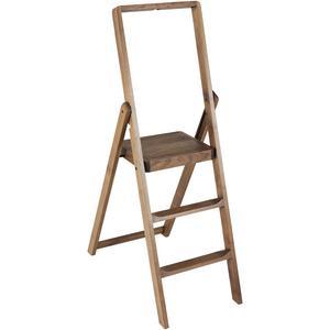 En stege passar i industri-stilen och är också användbar till olika saker. Den här är framtagen av Design House Stockholm och ingår i en jubileumskollektion framtagen i samarbete med Åhléns.
