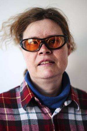Christin Berglund, började på Barda 2009.Det är roligt att lära sig agera med olika humör. Jag har tidigare varit med i föreställningen