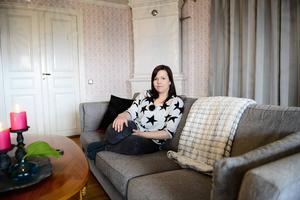 För ett år sedan startade Cecilia Andersson inredningsbutiken Rustika Hem i en gammal maskinhall på gården, nu ska den även bli webbshop.