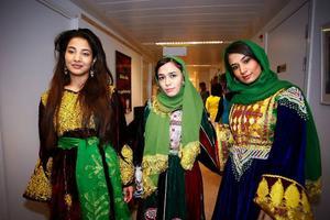 Parvaneh Hosseini, Seilaneh Maryam Mirzad och Salileh Baran Mirzad firade det persiska nyåret i lördags.