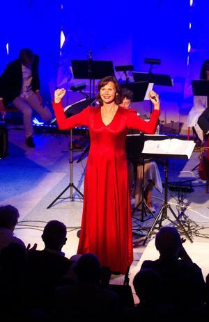 Konsertladan i Vattnäs blev en triumf för Pers Anna Larsson 2011.