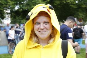 Marina Persson kom tillsammans med kompisar från Arbrå för att delta i pokéwalken.