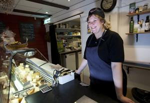 Nu säljer Katharina Andersson sin delikatessbutik på Storgatan i Härnösand.