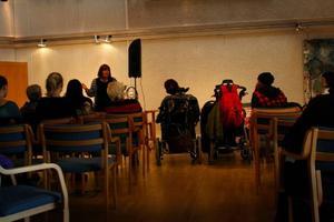 Ett trettiotal personer tog chansen och besökte föreläsningen på lördagen.