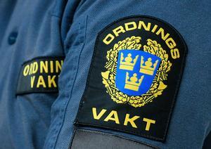 I samband med ett omhändertagande under Classic Car Week i Rättvik gjorde en man motstånd. Nu döms mannen för våldsamt motstånd. Däremot frikänns han från brottsmisstankarna om att ha slagit en ordningsvakt.  Johan Nilsson/TT