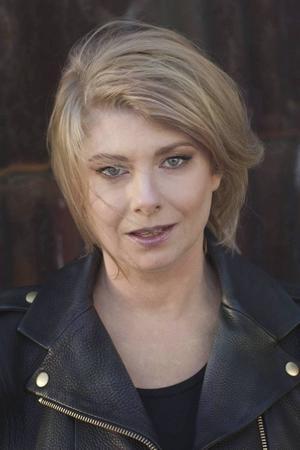 Ulrika Kärnborg kommer till Sandviken för att tala om klicksuccéer och demokrati.
