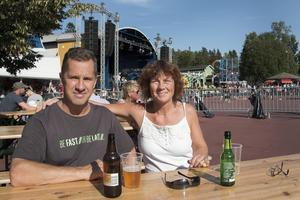 Johan och Camilla Strömbäck tror stenhårt på att Tomas Ledin slår nytt publikrekord igen.