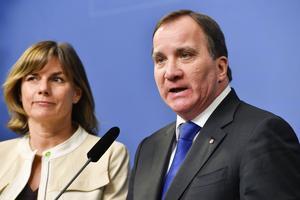 Klimatminister Isabella Lövin (MP) och statsminister Stefan Löfven (S).
