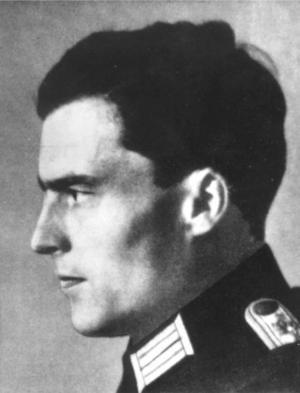 Överste Claus von Stauffenberg försökte mörda Hitler, men misslyckades.  Foto: Scanpix