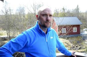 Oskar Sergel och hans tre vänner har efter två somrar beslutat att inte driva Strömbacka kvarn vidare – energin räcker inte riktigt för ännu en sommar.