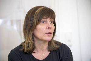 Det blir lite mer arbete men förskolläraren Lena Lithén tycker att man får igen det i friskare barn och personal.