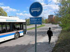 Bussfil. På Västra Ringvägen.
