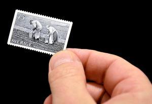Prisat porto. Detta var ett av fem motiv i serien som gavs ut 1973 i samarbete mellan Postverket, Nordiska museet och Fotofrämjandet.