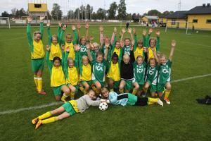 I flickornas cup deltog bara en åldersgrupp, nämligen 10-åringar. De var däremot så många att de räckte till två laguppställningar för Ljusdals IF.
